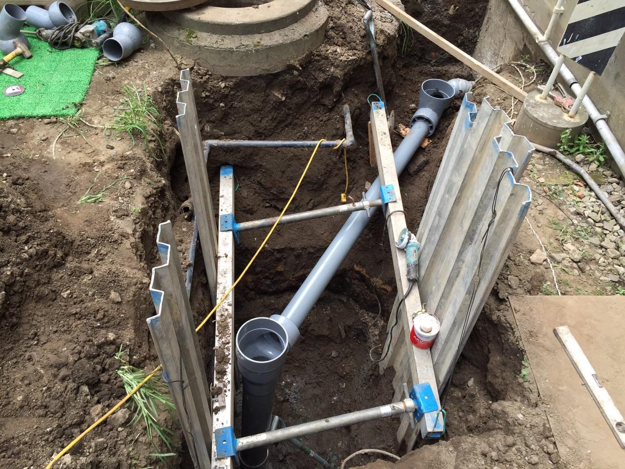 排水管バイパス工事.JPG