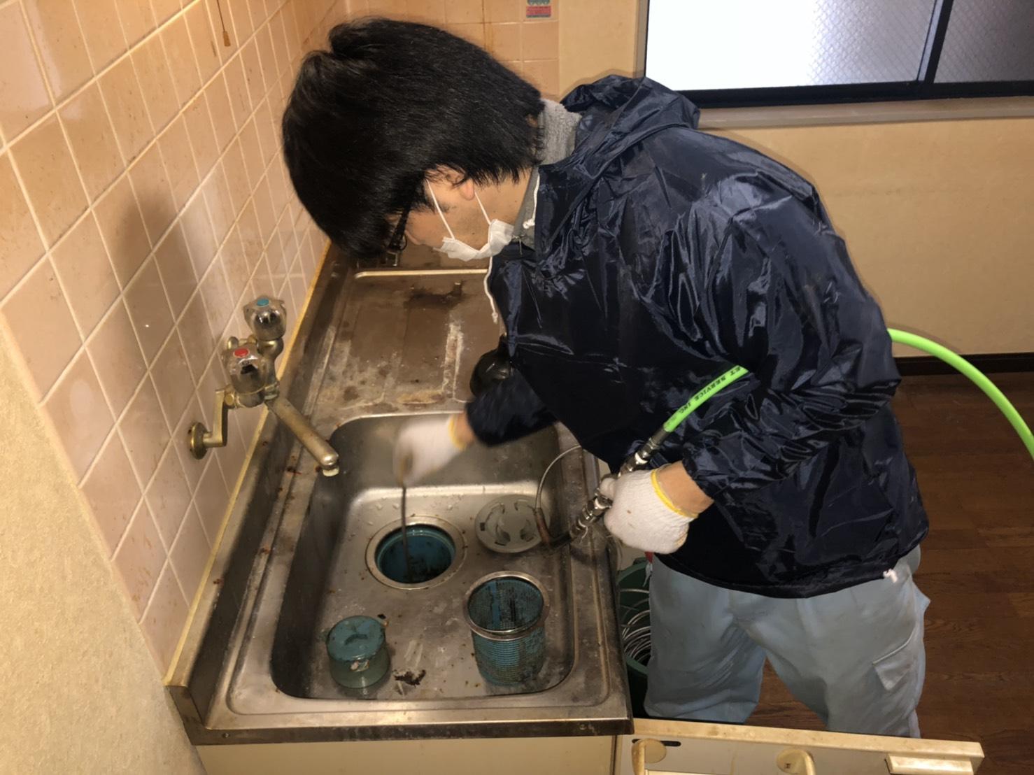 排水管高圧洗浄.JPG